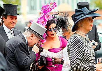 Эскот: Шляпок больше, чем лошадей