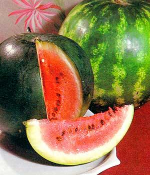 Арбуз, фаршированный фруктами — китайское лакомство Шийин гуо пин